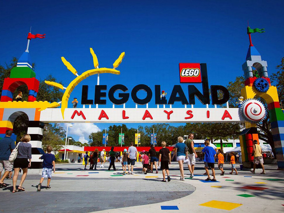 6 Days. Singapore 4* ... with 1 full day in  Lego Land Malaysia