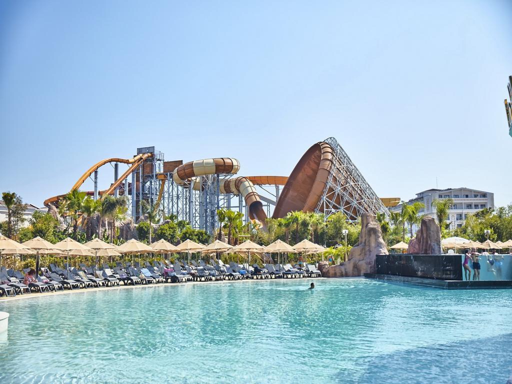 """Antalya, das Wasserparadies, Inklusive Tickets für den Themenpark """"Land of Legends""""."""