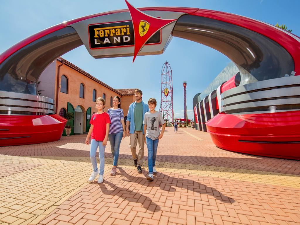 PortAventura Park, Ferrari Land o Caribe Aquatic Park