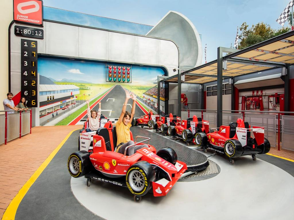 Paquete combinado: PortAventura Park + Ferrari Land