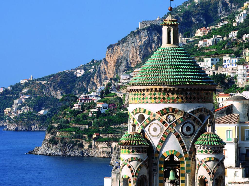 Tour de un día entero a la Costa Amalfitana y Pompeya – En grupos