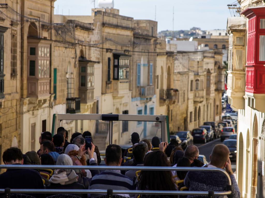 Excursión a Gozo, Comino y lago Azul con barra libre
