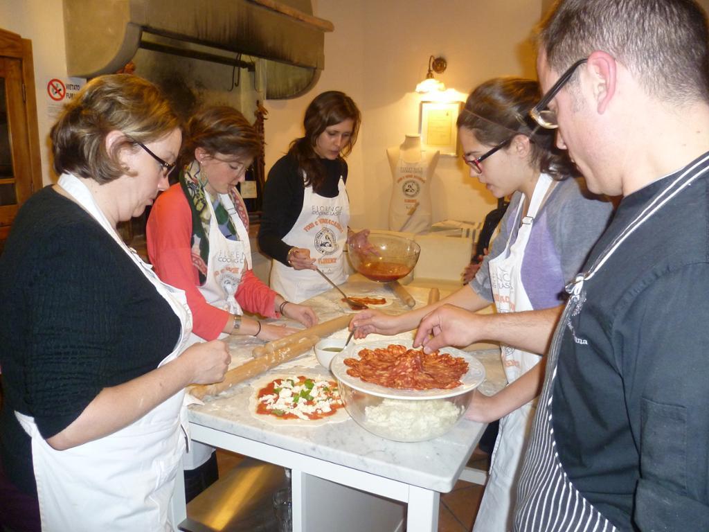 Clase de cocina: elabora una pizza y un helado italianos