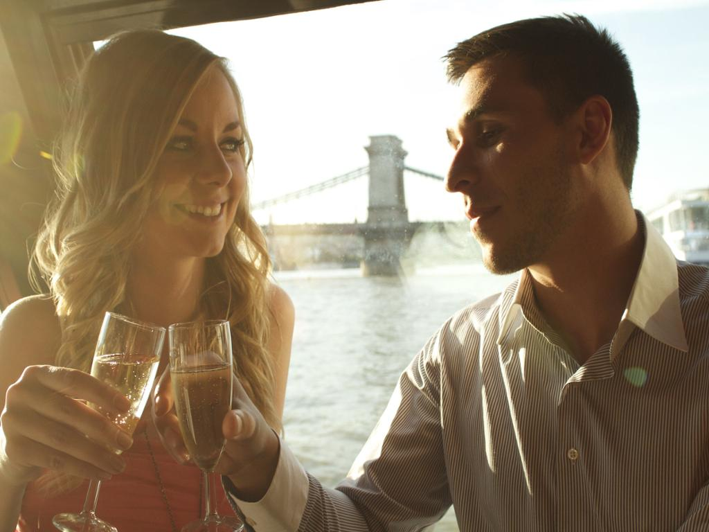 Crucero por el Danubio con bebida de bienvenida