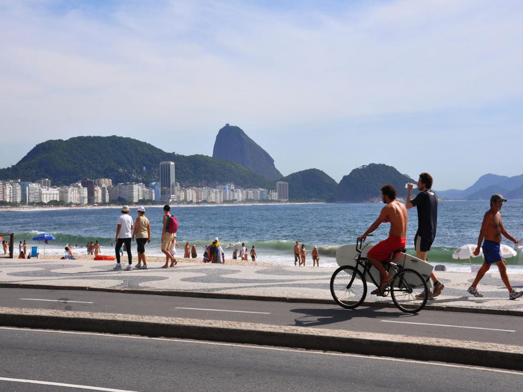 Pan de Azúcar y Copacabana (Panorámico) desde Terminal de Cruceros